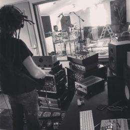 En 2021, un nouvel album auto-produit et libre